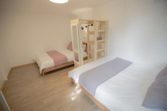 House Hongsi-first floor