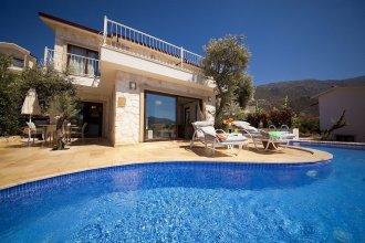 Villa Athena by Akdenizvillam