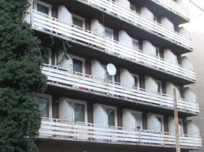 Mary-ann Non-stop Apartments