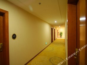 GreenTree Inn ShangHai PuDong Huinan Metro Station