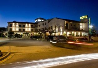 Bon Retorn Hotel Restaurant