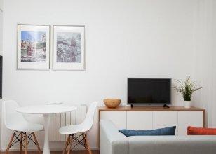 White Almada Oporto Apartments