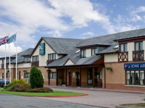 Holiday Inn Express Edinburgh Airport (ex Quality Edinburgh Airport Hotel)