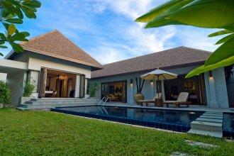 Villa Kama by Holiplanet
