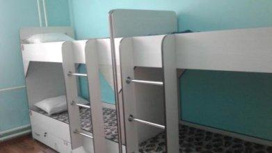 Hostel 2x12