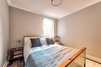 Beautifully Presented Flat, Close To City Centre