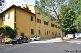 Ostello Villa Camerata Hostel