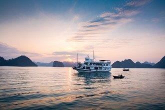 Peace Charm Cruises