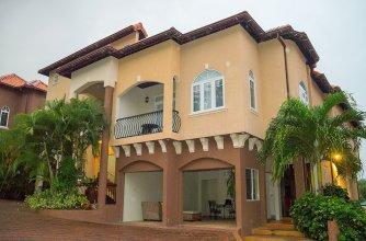 3 bdrm Town House at Runaway Bay