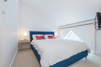 1 Bedroom House in West London