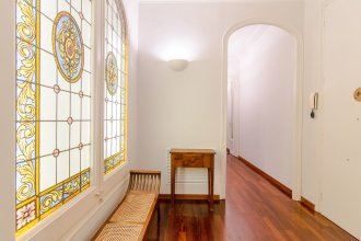 Family Friendly Apartment in the Zona alta of Barcelona - B424
