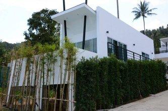 Villa Jungle Livin'