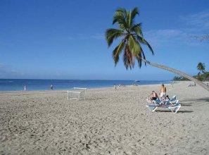 Barcelo Comfort Colonia Tropical
