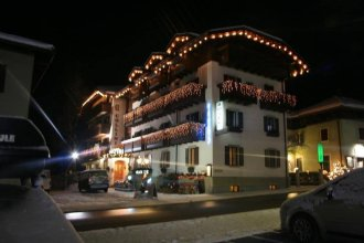 Hotel Collini