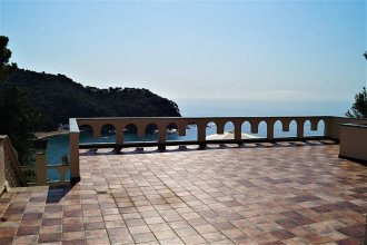 Apartment - 1 Bedroom with Pool and Sea views - 108132