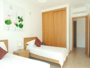 B08 - Central 2  bed with Spa And Pool by DreamAlgarve