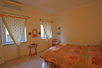 Travel & Stay - Parione