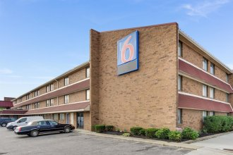 Motel 6 Columbus - Worthington I-270 High St