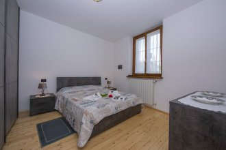 Suna Beach Apartment