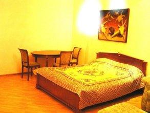 Day And Night Na Pokrovke Hotel