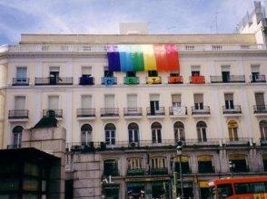 Gay Hostal Puerta del Sol