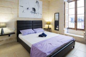 Valletta Republic St House