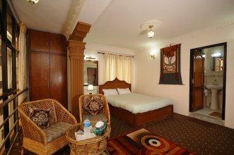 Beautiful Double Room in Hotel Manohara Pvt Ltd