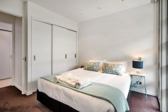 QV Area Waterfront Apartment - 503