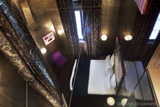 Hôtel du Petit Moulin – Small Luxury Hotels of the World