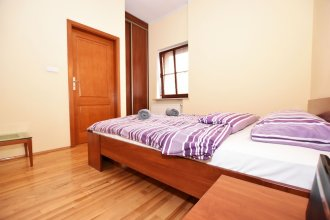 City Central Apartments - Old Town