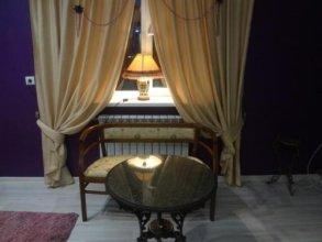 Novoshosseynaya Apartment