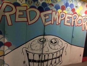 Red Emperor Hostel&Bar