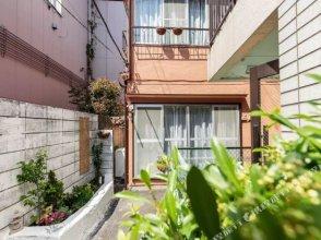 Waseda Apartment 1F
