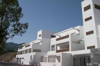 Apartment With 3 Bedrooms in Benalmádena, With Wonderful sea View, Poo