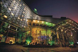 Holiday Inn Chengdu Century City - West Tower, an IHG Hotel