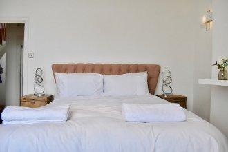 Three Bedroom Penthouse in Brighton