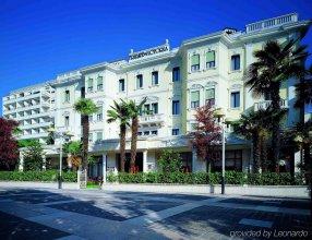 Grand Trieste & Victoria