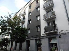 Klimatyczna kawalerka w centrum Warszawy