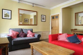 2 Bedroom Apartment Accommodates In The City Centre