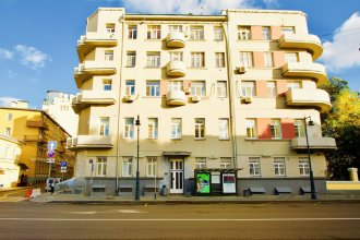 LUXKV Apartment on Prechistenka 17