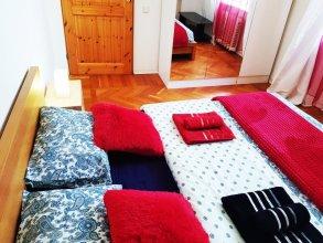 Red Kutuzovo Apartments