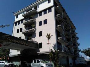 Casuarina Hotel
