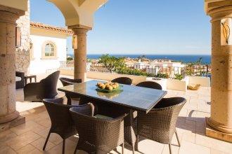 Luxurious Golf Getaway for up to 14 at Villa de los Faros