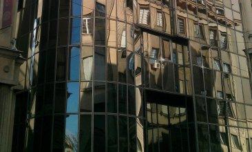 Apartments Square Five