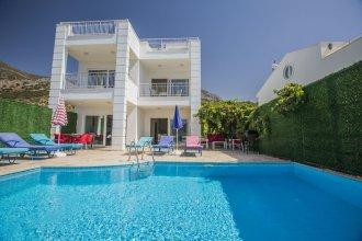 Villa Baysal 2 by Akdenizvillam