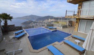 Kalkan 5 Bedrooms Villa Private Pool