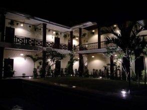 Luang Prabang Private Villa