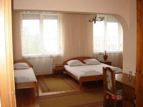 Kanclera Hotel