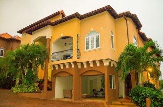 2 Bdrm Apartment at Runaway Bay
