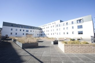Beaverbank Place - Campus Residence